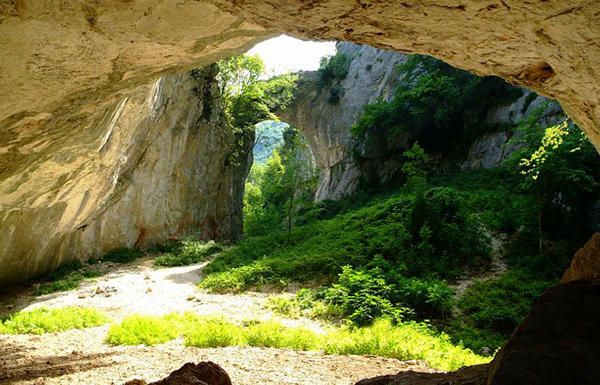 Grotta del Monte Nerone